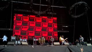 Vive Latino 2012 - Ritmo Peligroso con Panteón Rococó - Déjala Tranquila