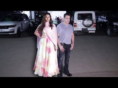 Salman Khan's GRAND ENTRY With Saiee Manjrekar At Dabangg 3 Promotion