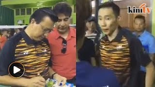 Chong Wei joins Liow to officiate badminton hall in Bentong