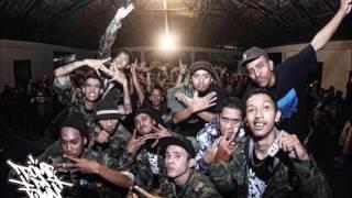 Download lagu Begundal Clan Imaji Hari Ini Mp3