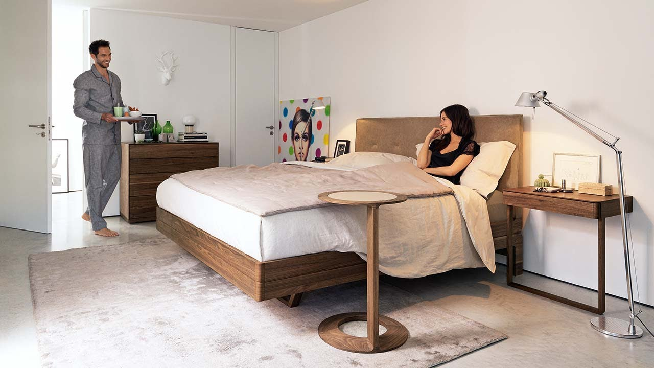 float wood bed