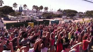 Flash Mob America -  Long Beach Marathon