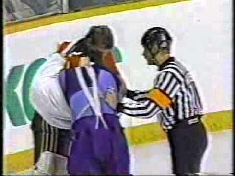 Sean Burke vs Mark Laforest