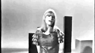 Marianne Faithfull - Paris Bells (with lyrics)