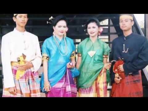 Video Songkok to Bone (by Sarung Bugis)