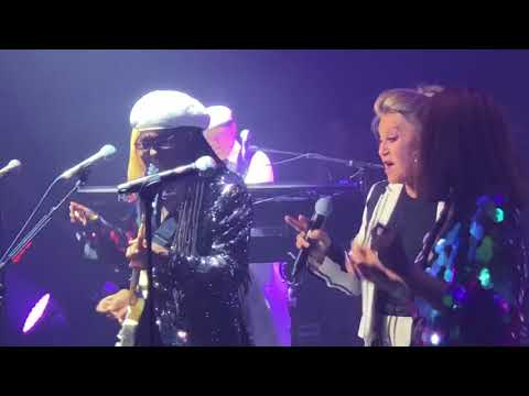Nile Rodgers & CHIC w\/ Sheila