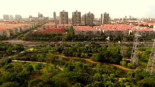 preview picture of video 'View of Zhangyang road, Shanghai Pudong, China'
