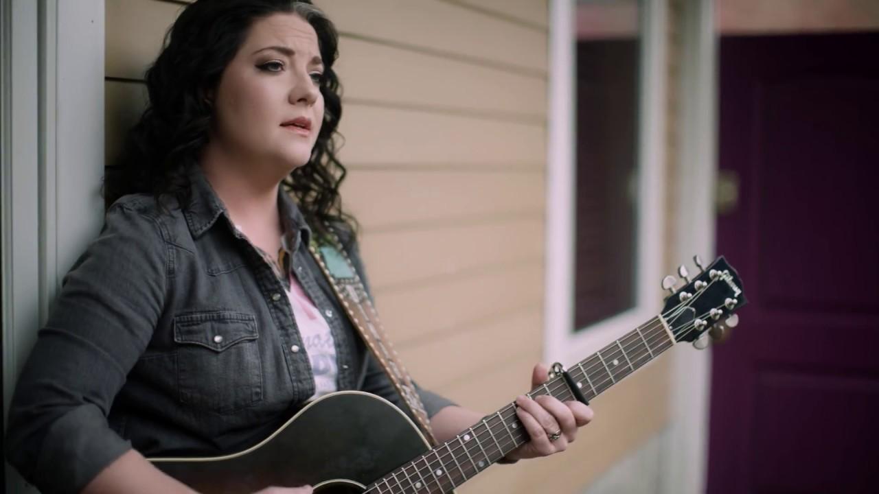 "Ashley McBryde – ""Home Sweet Highway"" (Acoustic)"