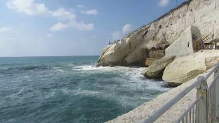 preview picture of video 'Rosh Hanikra (the border between Israel and Lebanon) - maritime border'