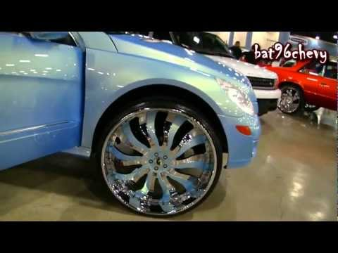 "OUTRAGEOUS 2012 Mercedes Benz R500 on 30"" Forgiatos - 1080p HD"