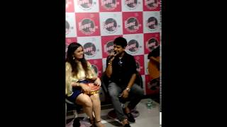 (Part 1) Aankhon Mein Teri, singer KK at Fever Unplugged Live with RJ Urmin, 3 August 2017