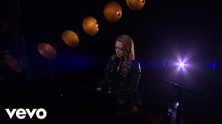 Freya Ridings   Lost Without You (Live On The Late Late Show With James Corden)