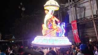 preview picture of video 'ipoh thaipusam 2014 best light kavadi'