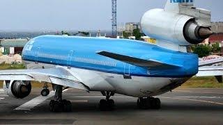 McDonnell Douglas MD-11 takeoff at Princess Juliana, St Maarten