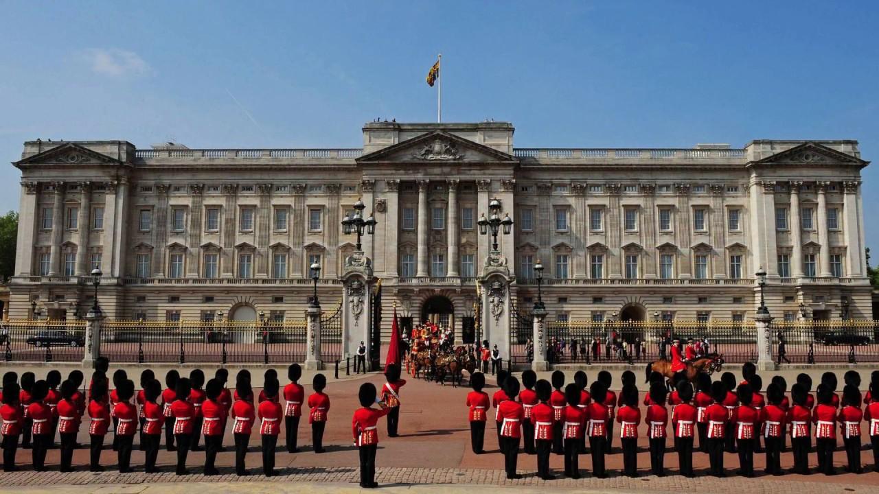 Changing of the Guard, Buckingham Palace, London, United Kingdom, England