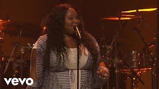 Tasha Cobbs Leonard - Put A Praise On It (Intro/Live At Passion City Church)