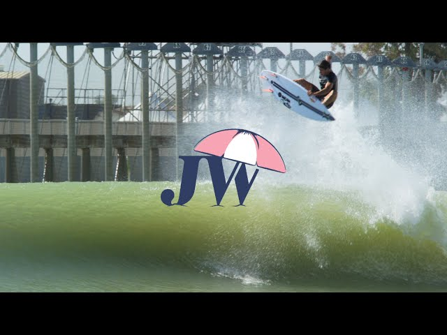 Julian Wilson en el Surf Ranch