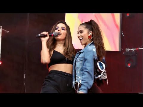 Anitta e Greeicy - Jacuzzi (Megaland 2018) // Colombia [PRIMEIRA PERFORMANCE JUNTAS]