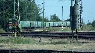 preview picture of video 'Bobo 468 001 tehervagonokkal megérkezik Püspökladány állomására [HD]'