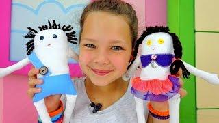 Пришиваем пуговицы Мусе и Пусе. Видео для детей.