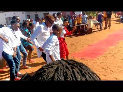 Botswana Wedding vibes [HD]: Best African dance moves