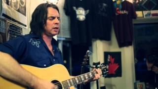 I Go Blind - Neil Osborne(54-40)  Victoria House Concert B Show