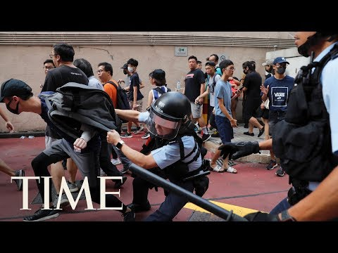 Conflict Breaks Out In Hong Kong Mall Amid Counter Protests | TIME
