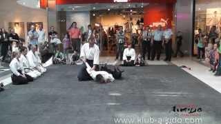 preview picture of video 'Dzień Dziecka 2013 w Focus Mall - Piotrków Trybunalski.'