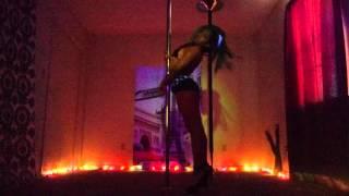Pole Play - Alicia Keys/Nicki Minaj - Feeling U, Feeling Me/Only