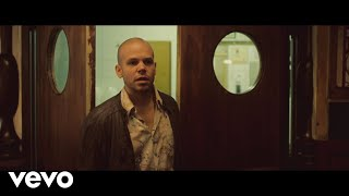 El Aguante - Calle 13  (Video)