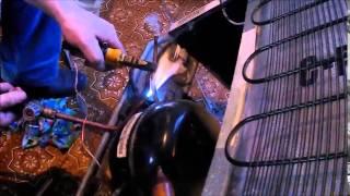 Ремонт холодильника, устранение засора капиллярной трубки / Refrigerator repair