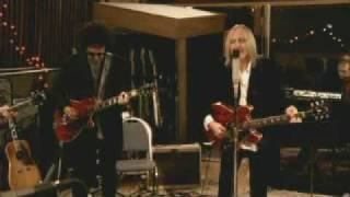 Have Love Will Travel - Tom Petty & The Heartbreakers, official video