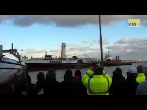 Medway Queen arrives back in Kent