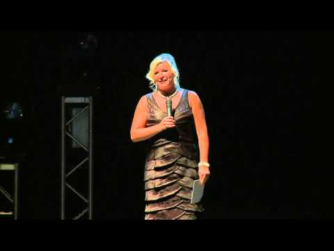 2015 IDA INNOVATOR AWARD - Mia Michaels presented by Pam Chancey