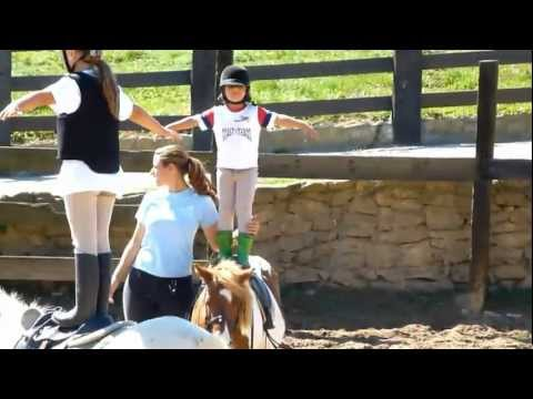 Goikomendi Escuela de Equitación . Profesora Lorena Losada HD Clases Iniciación.
