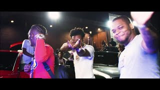 """A Boogie Wit Da Hoodie & Don Q - Flood My Wrist (feat. Lil Uzi Vert) [Official Music Video] Stream/Download: https://HBTL.lnk.to/FloodMyWrist  Directed by Picture Perfect  Follow Don Q Instagram - https://www.instagram.com/DonQHBTL Twitter - http://twitter.com/DonQHBTL Facebook - https://www.facebook.com/DonQHighbridge Soundcloud - https://soundcloud.com/therealdon-q Website - http://donqhbtl.com  Subscribe for more official content from A Boogie: https://ABoogie.lnk.to/subscribe  Follow A Boogie Instagram: https://www.instagram.com/ArtistHBTL Twitter: https://twitter.com/ArtistHBTL Facebook: https://www.facebook.com/ArtistHBTL Soundcloud: https://soundcloud.com/a-boogie-wit-da-hoodie Spotify: https://open.spotify.com/artist/31W5EY0aAly4Qieq6OFu6 Website: https://aboogiehbtl.com  Follow HighBridge Facebook: https://facebook.com/HighBridgeOfficial Twitter: https://twitter.com/Highbridgelabel Instagram: https://instagram.com/highbridgethelabel Soundcloud: https://soundcloud.com/user-939666509  The official YouTube channel of multi-platinum rapper/singer-songwriter: Artist Dubose, known as A Boogie Wit Da Hoodie. He made waves with the breakout hit """"Still Think About You"""" featured on his 2016 debut mixtape, 'Artist.' The mixtape also introduced fans to """"My Shit"""" which went on to become RIAA certified platinum and was also listed as one of """"The Best Songs of 2016"""" on Apple Music.  A Boogie went on to release the 3x platinum """"Drowning feat. Kodak Black"""" along with the platinum singles """"Jungle"""" and """"Timeless."""" In fall 2017, A Boogie released his gold certified debut album, 'The Bigger Artist,' jumping into the Top 5 on Billboard's Top 200 and #1 on Billboard's Emerging Artists chart.  He is nominated for the 2018 BET Awards for """"Best New Artist"""" and the release of his sophomore album, 'Hoodie SZN' spent two weeks as the #1 album on the Billboard 200.  Subscribe for the latest official music videos, performances, behind the scenes and more from A Boogie: https://ABoogie.ln"""