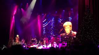 """Barry Manilow Concert 2017 @The Forum """"Looks Like We Made It"""" (12/20/17)"""