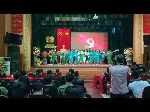 Liên khúc Tuổi xuân dâng Đảng của trường Tiểu học Nguyễn Tri Phương