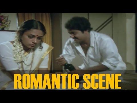 Romantic Scenes Of Mohanlal and Mammootty ||  Avidethe pole Evideyum