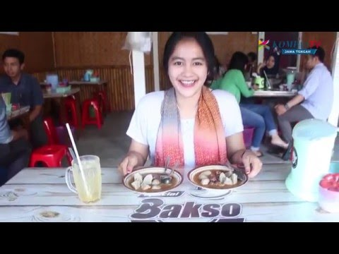 Video KULINER BAKSO PETIS - BAKSO DENGAN KUAH PETIS KHAS DAERAH PATI