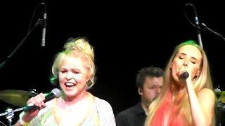 Wilson Phillips and Michelle Phillips - California Dreamin' Live