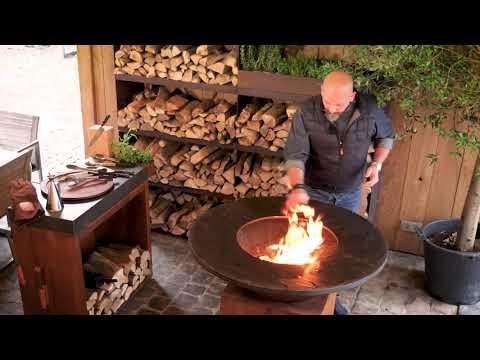 OFYR si primul foc - gratarul pe lemne tip vatra din otel corten, pentru gradina sau terasa