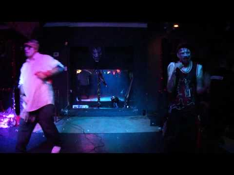 LOONEY LENNY and KAOS ANUBIS live at 36th street lounge Juggalo night (Lifes on the line)