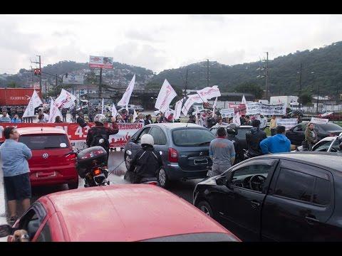 Intersindical e professores paralisam via Anchieta em Santos