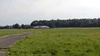 preview picture of video 'InterSky Dash 8 OE-LSB Takeoff Flughafen Graz 07.07.13'