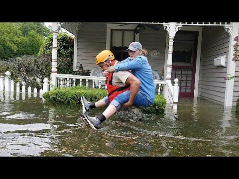 Kατακλυσμό στο Τέξας έφερε ο «Χάρβεϊ»