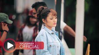 Gambar cover Siti Badriah - Nasib Orang Miskin (Official Music Video NAGASWARA) #music