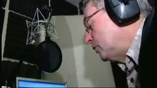 Phil Sayer passes away ' Mind the gap' (1953 - 2016) (UK) - BBC London news - 15th April 2016
