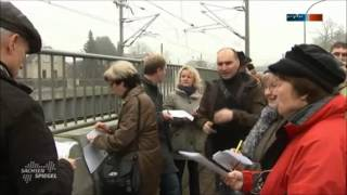 preview picture of video 'BI Bahnemission Elbtal e. V. führt ALD-Lärmspaziergang durch - MDR Sachsenspiegel vom 23.11.2013'