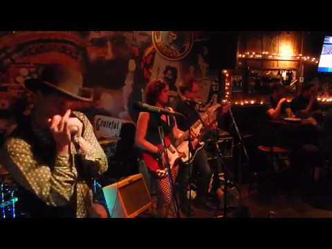Aki Special with Erin Harpe & The Delta Swingers